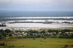 Annai-and-the-flood-1-2011.06-copy-300x200